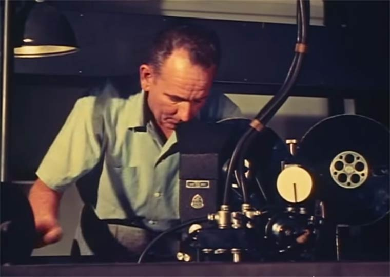 Walt-Disney-MultiPlane-Camera-7